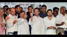 Rahul at opposition protest at Jantar Mantar