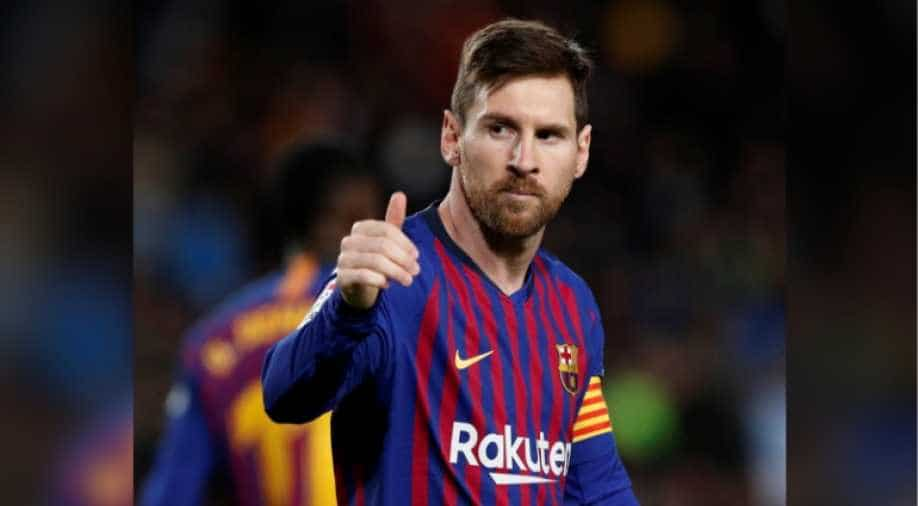 Messi shines as Barca win