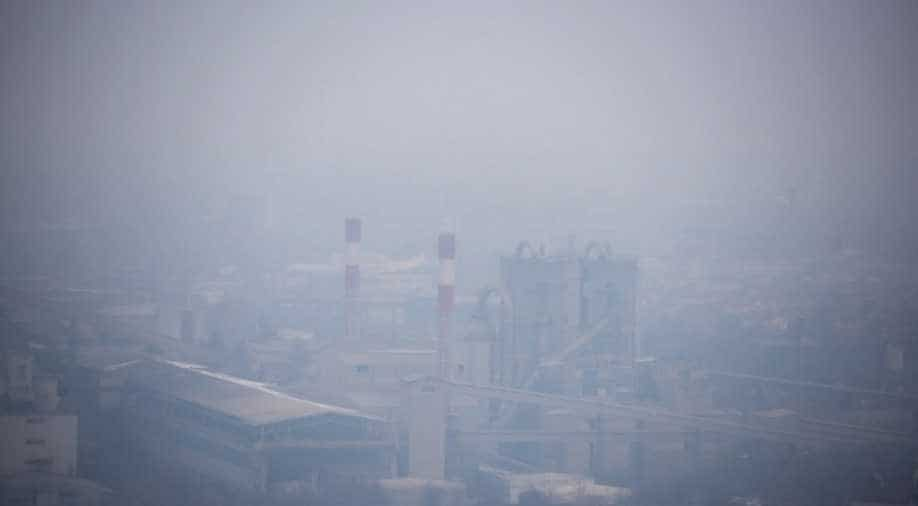 Air pollution kills more people than smoking, German scientists say