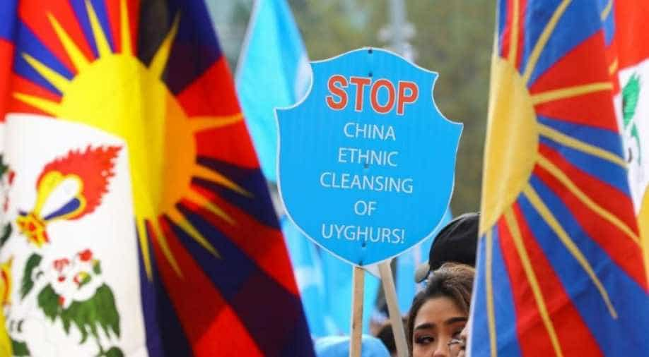 US targets Chinese officials for Xinjiang human rights abuses