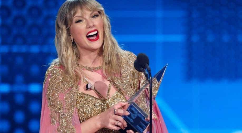 Taylor Swift shines through album Folklore
