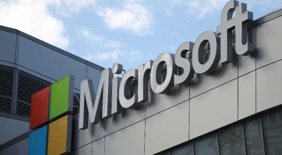 Microsoft sacks journalists to replace them with robots
