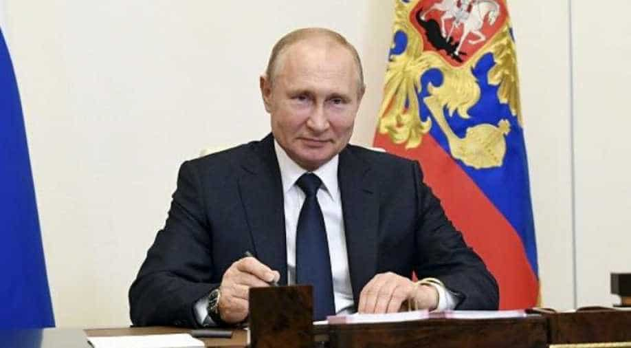 Russian Federation backs reforms to keep President Putin in power until 2036