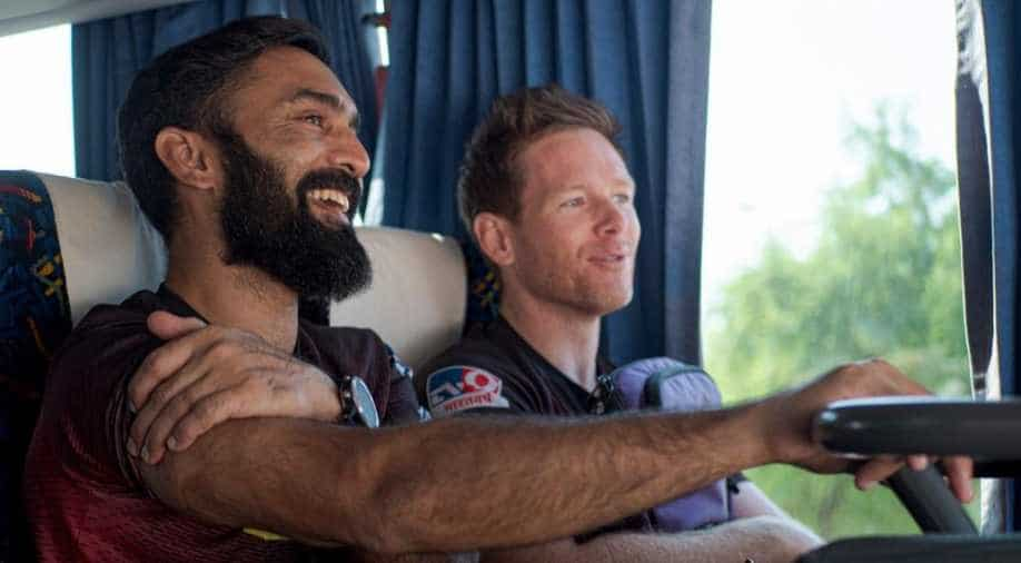Eoin Morgan handed KKR captaincy by Dinesh Karthik