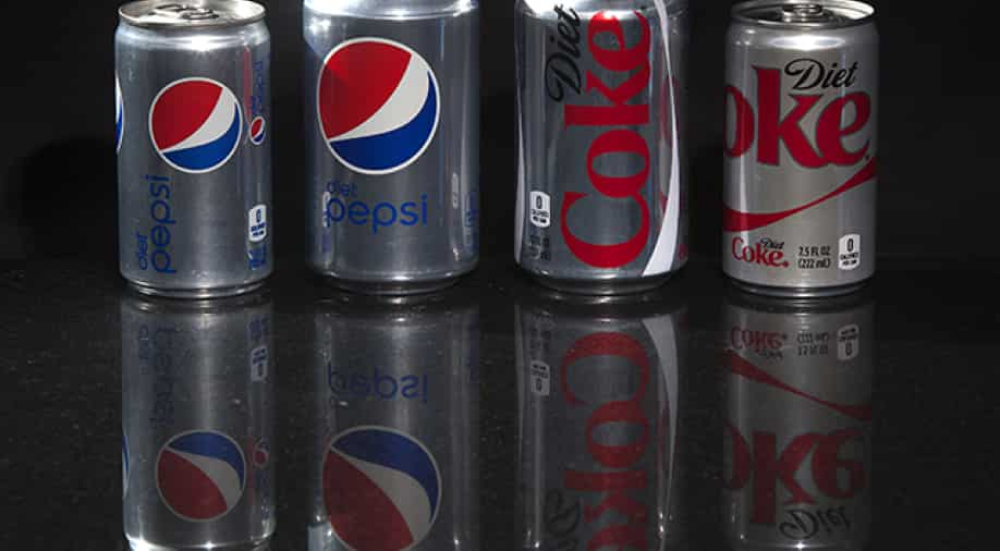 Are artificially sweetened beverages healthier than sugary drinks?