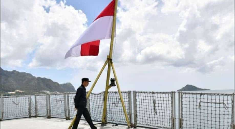 Indonesian Navy loses contact with submarine near Bali