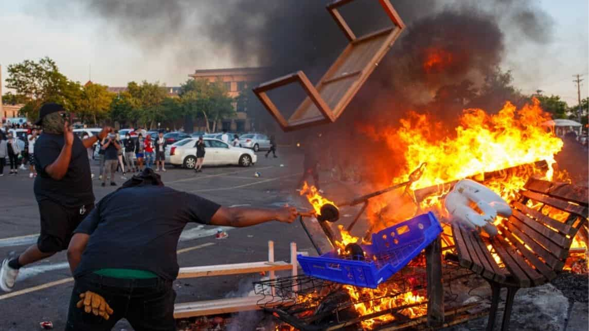 Smokes, flames, and destruction: Protests intensify over killing ...