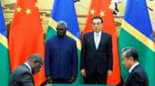 Solomon Islands Prime Minister Manasseh Sogavare and Chinese Premier Li Keqiang