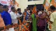 Around 400 Shiv Sena workers joined BJP