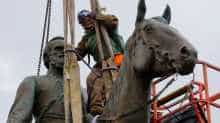 Worker removing contested Stonewall Jackson statue in Richmond