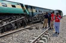 Train collision in Pakistan