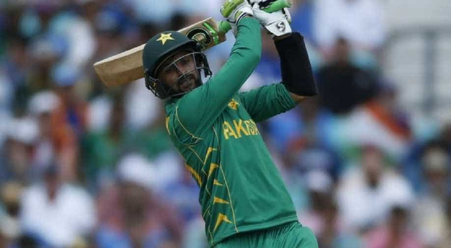Shoaib Malik becomes first Asian to score 10,000 runs in T20 cricket,  Sports News | wionews.com
