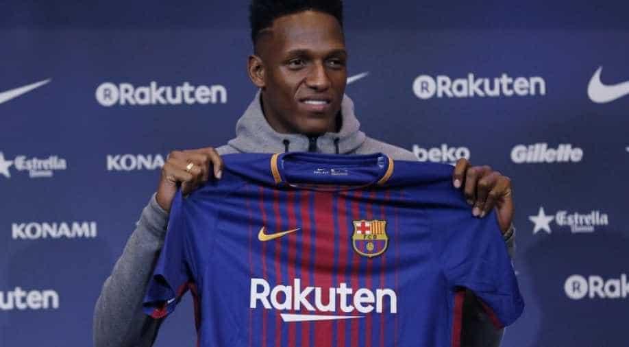 Fc Barcelona Officially Unveils Yerry Mina Sports News Wionews Com