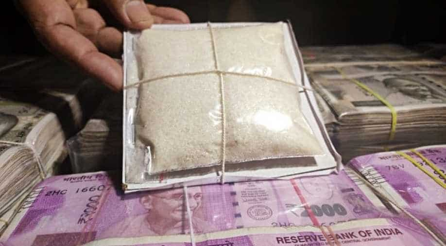 Mumbai: 5 arrested with 129 kg drugs, over Rs 1 crore cash