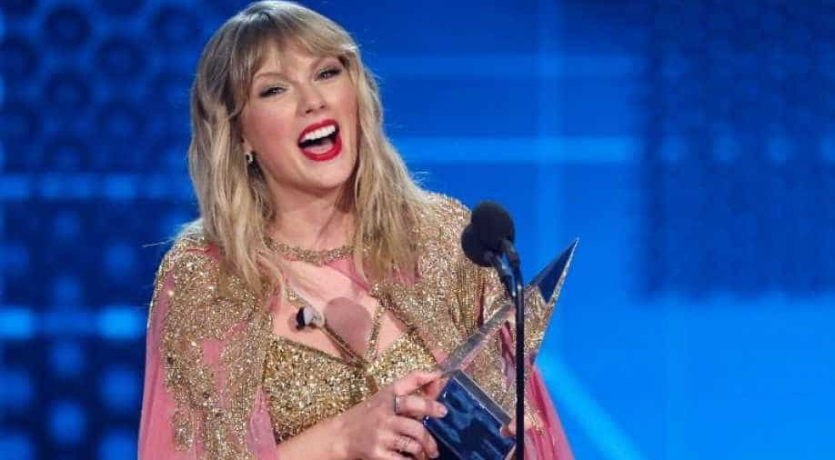 Ama 2019 Taylor Swift Smashes Record With Maximum Wins Here S The Complete List Of Winners Entertainment News Wionews Com