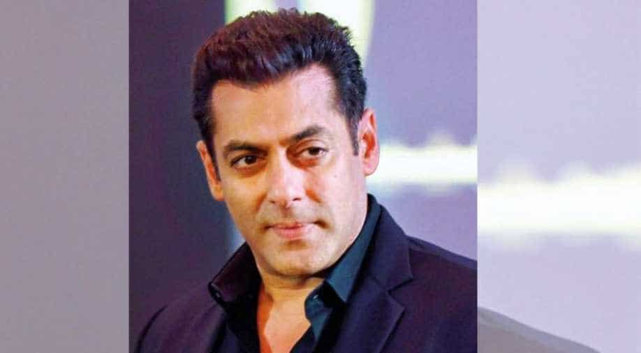 Salman Khan Returns Home From Panvel Farmhouse Amid Lockdown Entertainment News Wionews Com