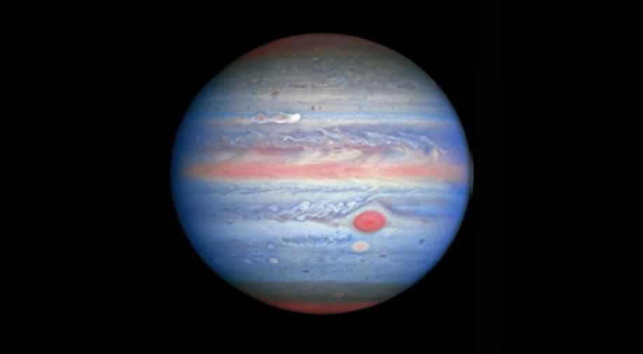 ಗುರುಗ್ರಹದ ಎಕ್ಸ್-ರೇ ಧ್ರುವೀಯ ಜ್ಯೋತಿಯ ರಹಸ್ಯವನ್ನು ಪರಿಹರಿಸಿದ ನಾಸಾ: (NASA solves mystery of Jupiter's X-Ray Auroras)
