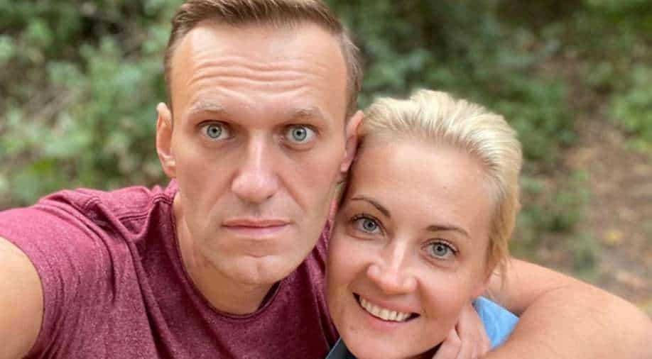 FILE PHOTO: Russian opposition politician Alexei Navalny and his wife Yulia Navalnaya