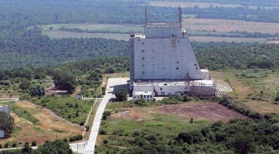 China opens 5G signal station at world's highest radar location near Tibet border thumbnail